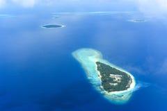 Flyg- sikt för tropisk ö Fotografering för Bildbyråer