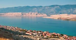 Flyg- sikt f?r Pag-? Sikten p? det kroatiska havet, Dalmatia, Kroatien fotografering för bildbyråer