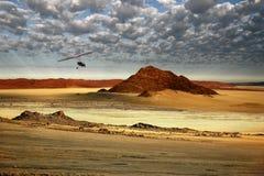 Flyg- sikt från ett Microlight - Sossusvlei område av Namibia Royaltyfri Fotografi