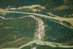 Flyg- sikt från Mt Rundle i Banff NP, Kanada Royaltyfri Foto