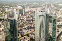 Flyg- sikt för Frankfurt kontorsbyggnader Arkivfoto