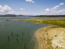 Flyg- sikt kanal av Gatun för sjön, Panama royaltyfria bilder
