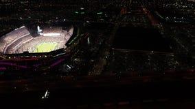 Flyg- sikt Lincoln Financial Field Philadelphia på natten på Gameday lager videofilmer