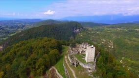 Flyg- sikt på den Anacopia fästningen och det Iverian berget arkivfilmer