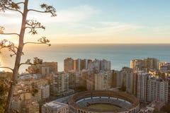 Flyg- sikt på Malaga med tjurfäktningsarenan av La Malagueta Cityscapenolla Fotografering för Bildbyråer