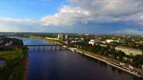 Flyg- sikt på Pskov den gamla staden arkivfilmer