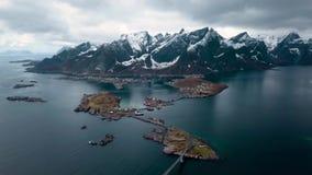 Flyg- sikt p? Lofoten ?ar i Norge, popul?r turist- destination _ lager videofilmer