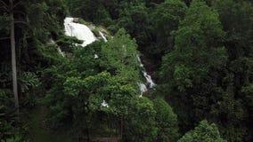 Flyg- sikt, Vachiratharn vattenfall i Chiang Mai, Thailand arkivfilmer