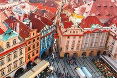 Flyg- sikt över gammal stadfyrkant i Prague, Tjeckien Arkivbild