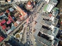 Flyg- skott av Targu Mures den gamla staden på dagsljus royaltyfri bild