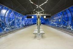Flyg- spårvagnstationsplattform Fotografering för Bildbyråer