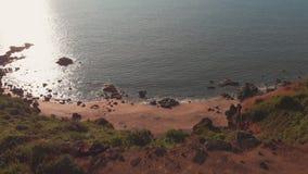 Flyg- strand för surrsiktsCola i tillståndet av GOA i Indien lager videofilmer