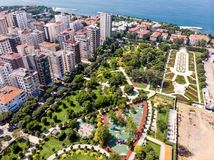 Flyg- surrsikt av Goztepe det 60th året Park som lokaliseras i Kadikoy, Istanbul Fotografering för Bildbyråer