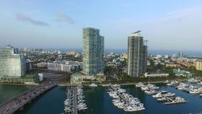 Flyg- surrvideo av den Miami Beach marina arkivfilmer