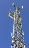 flyg- telecomunicationstorn Royaltyfri Bild