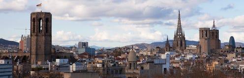 flyg- tibidabo för horisont för barcelona stadsberg in mot sikt Fotografering för Bildbyråer