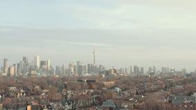flyg- upprättande skott 4K av Toronto, Ontario lager videofilmer