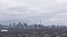 flyg- upprättande skott 4K av Toronto, Ontario arkivfilmer
