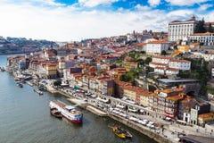 Flyg- v-iew av den historiska staden av Porto, Portugal Arkivfoto