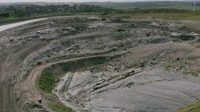 Flyg- video av nedgrävning av soporplatsen i Derbyshire lager videofilmer