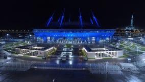 Flyg- video av St Petersburg stadion som kallas också Zenit arena arkivfilmer