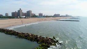 Flyg- video Brighton Beach New York Coney ö stock video