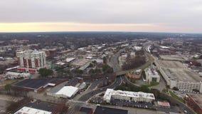 Flyg- videopp i stadens centrum gränsmärken för Raleigh NC suppleantsikt lager videofilmer