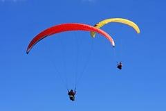 Flyga för Paragliders Arkivfoton