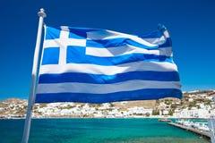 Flyga flaggan Royaltyfri Bild