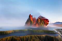 flyga geyseren ibland Arkivbilder