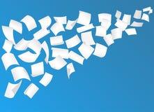 Flyga pappers- ark med krökta hörn i himlen vektor vektor illustrationer