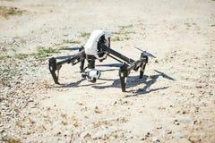 Flyga surrquadcopter i början Fotografering för Bildbyråer