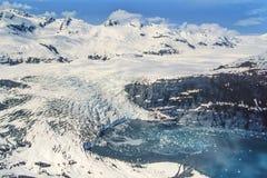 Flygbild av den Alaska Shoup glaciären Arkivbilder