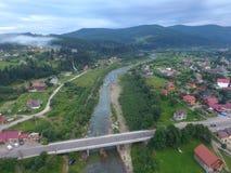Flygbild av den Prut floden Arkivfoto