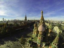 Flygbild av St Basil Cathedral, röd fyrkant, Ryssland Arkivfoto