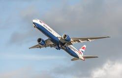 777 flygbolag boeing british Royaltyfri Fotografi