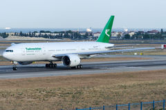 Flygbolag för EZ-A777 Turkmenistan, Boeing 777-22K/LR Royaltyfria Foton