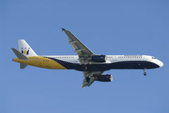 flygbolagboeing monark royaltyfria bilder