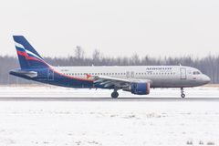 Flygbuss a320 Aeroflot, flygplats Pulkovo, Ryssland St Petersburg Februari 04 2018 Arkivfoto