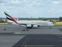 Flygbuss A380 av emiratflygbolagen Arkivfoto