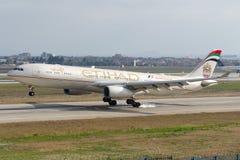 Flygbuss A330-343 för A6-AFF Etihad Airways Arkivfoto
