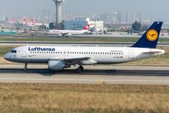 Flygbuss A320-214 för D-AIZC Lufthansa Arkivbild