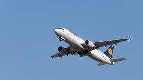 Flygbuss A320-214 Lufthansa Arkivbild