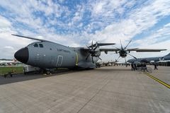 Flygbuss A400M Atlas för strategisk/taktisk luftbro på flygfältet Fotografering för Bildbyråer
