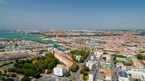 Flygfotografering av den La Rochelle staden fotografering för bildbyråer