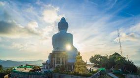 flygfotografering den vita stora Phuket's stora Buddha i Royaltyfri Fotografi