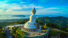 flygfotografering den vita stora Phuket's stora Buddha i Royaltyfria Foton
