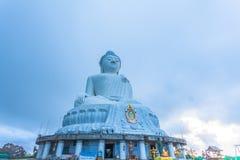 flygfotografering den vita stora Phuket's stora Buddha i Arkivfoto