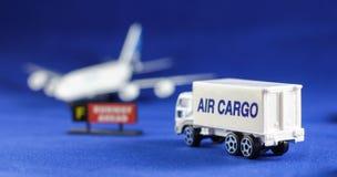 Flygfraktöverskriftflygplan Royaltyfria Foton