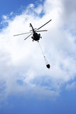flyghelikoptervatten Royaltyfri Foto